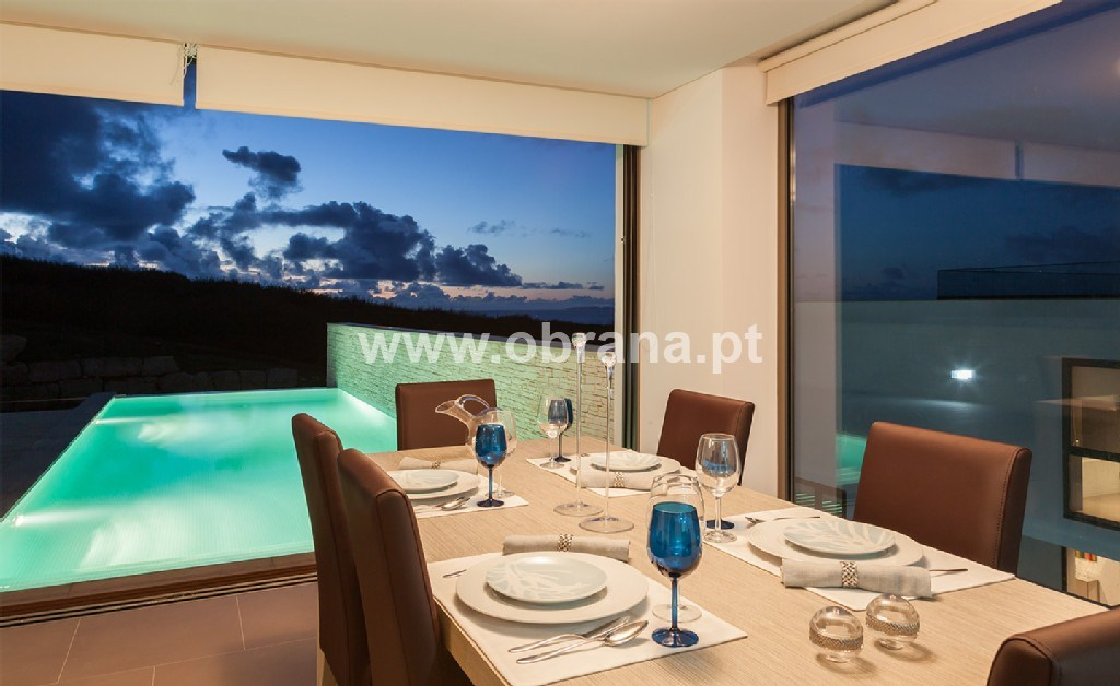 LOURINHA LUXURY BEACH  VILLA WITH PRIVATE POOL FOR RENT | 3 BEDROOMS, SLEEPS 6 | AIR CONDITIONING | WIFI