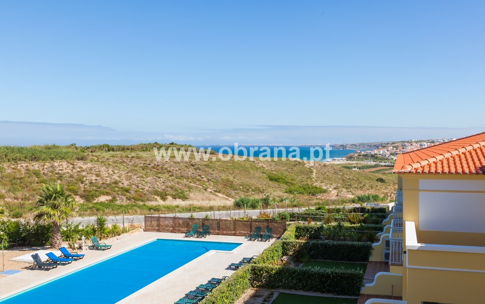 LOURINHA HOLIDAY HOME RENTAL D| HEATED POOL | WIFI |SLEEPS 7 | BEACH |
