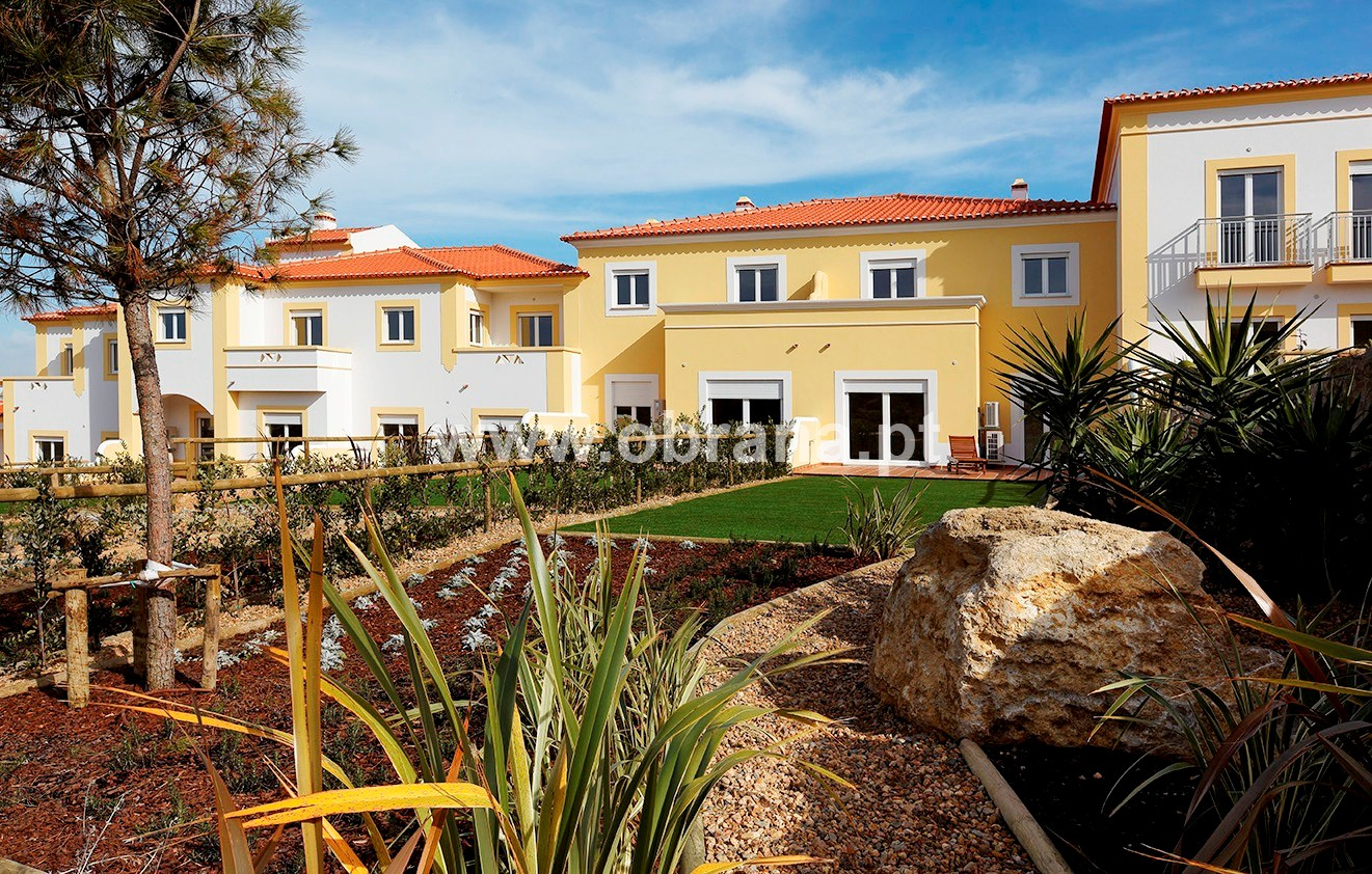 PORTUGAL SILVER COAST RESIDENCE - L | HEATED POOL | WIFI |SLEEPS 6  | LONG TERM RENTAL