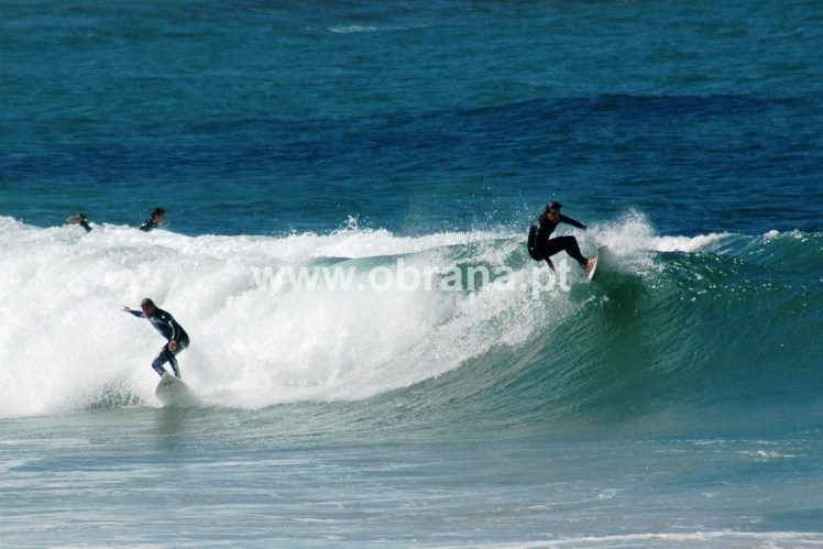 PORTUGAL FAMILY HOLIDAY RENTAL HOME E|  WIFI | SLEEPS 6-7 | WALK TO BEACH | LARGE GROUPS